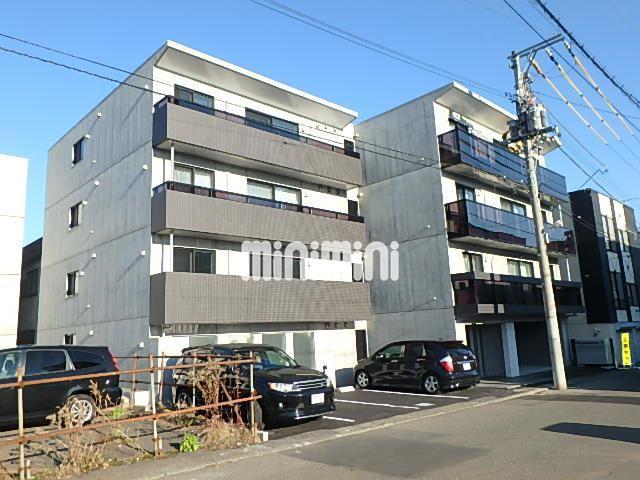 札幌市東西線 琴似駅(徒歩3分)、函館本線 琴似駅(徒歩11分)