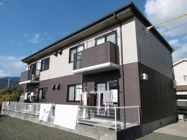 バス・茶臼山停(徒歩9分)