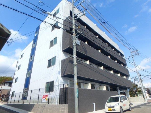 阪急電鉄宝塚線 川西能勢口駅(徒歩12分)