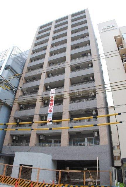 大阪市御堂筋線 江坂駅(徒歩4分)
