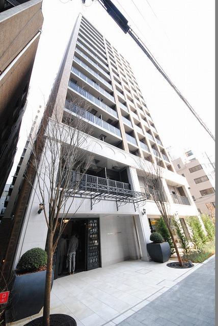 大阪市御堂筋線 本町駅(徒歩5分)