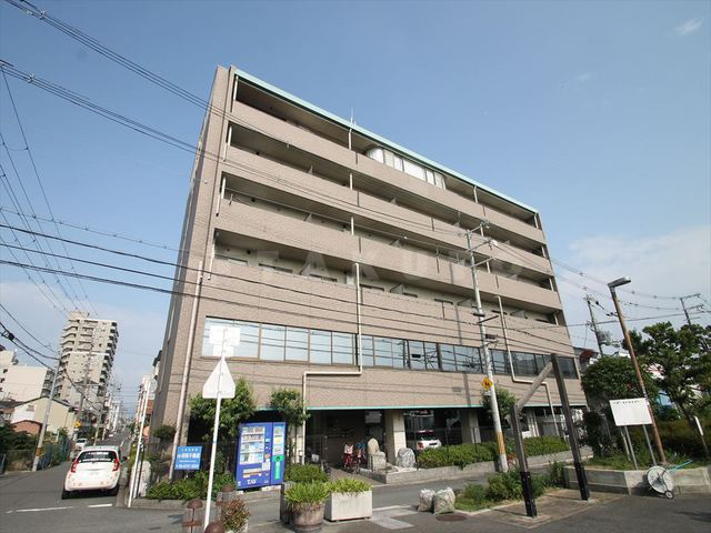 京阪電気鉄道京阪線 西三荘駅(徒歩15分)