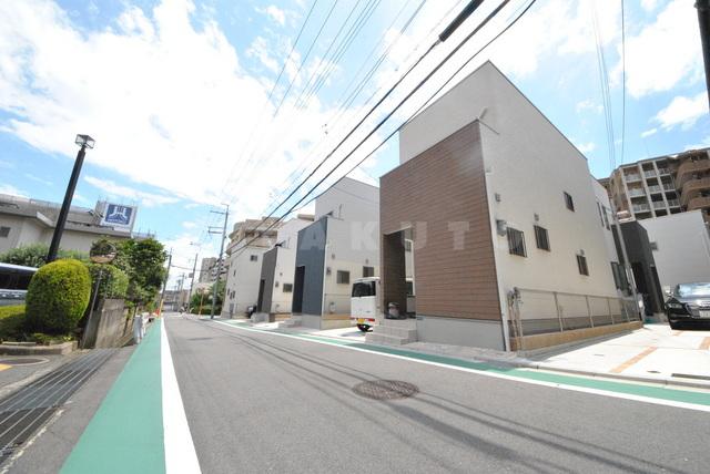東海道本線 千里丘駅(徒歩13分)