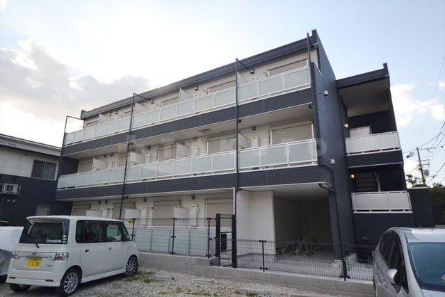 大阪市御堂筋線 江坂駅(徒歩16分)