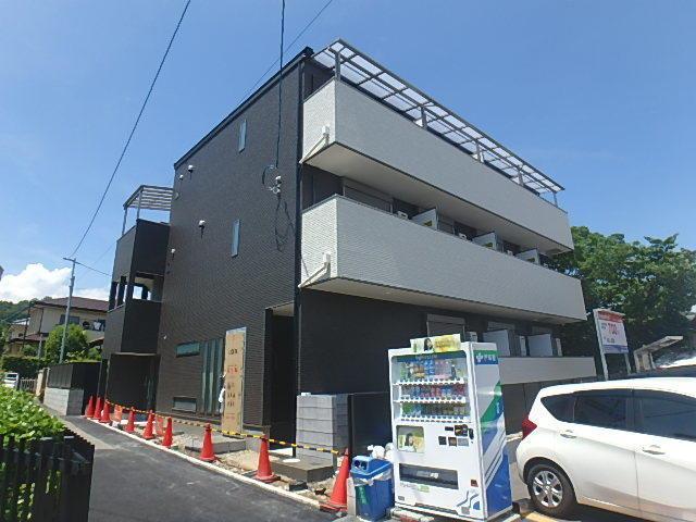阪急電鉄宝塚線 山本駅(徒歩1分)