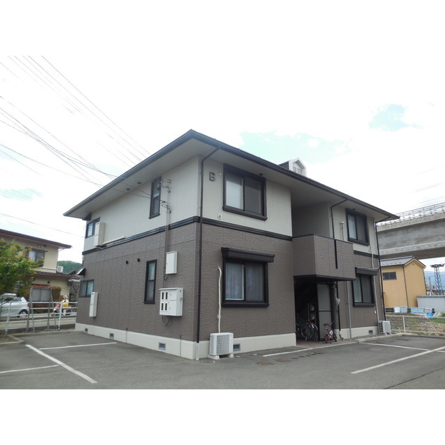 しなの鉄道 屋代高校前駅(徒歩8分)