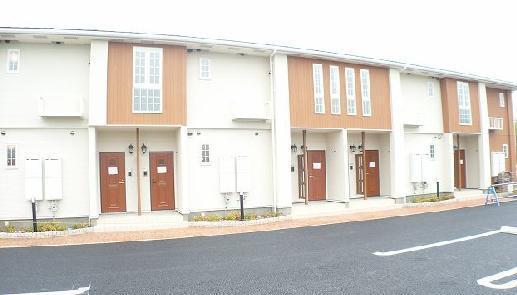 近江鉄道本線 愛知川駅(徒歩20分)