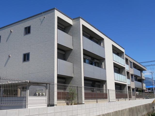 北陸本線 長浜駅(徒歩25分)