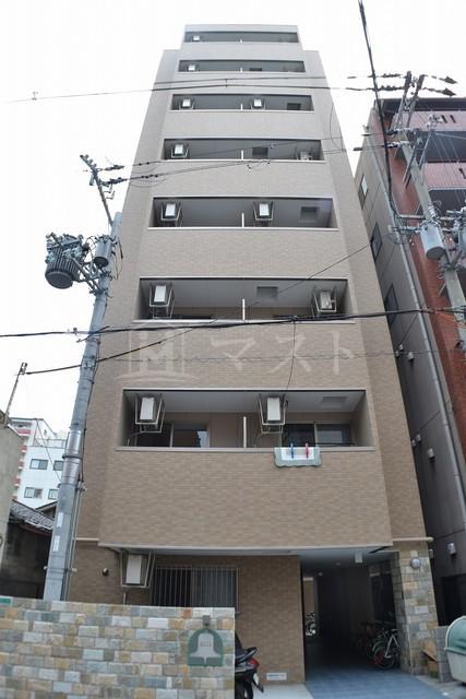大阪市御堂筋線 大国町駅(徒歩8分)
