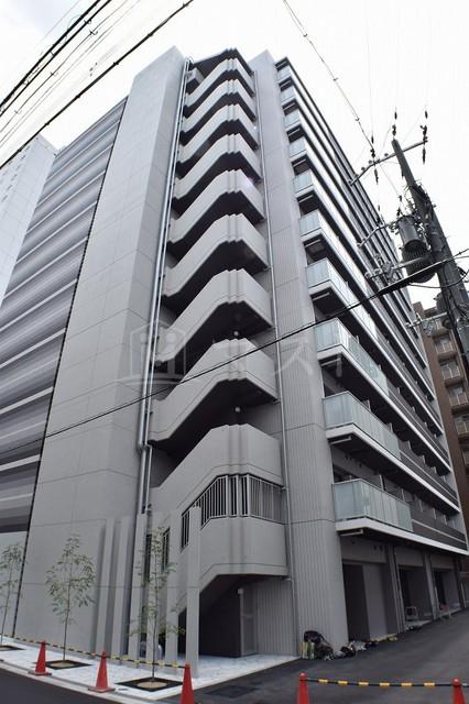 大阪市堺筋線 堺筋本町駅(徒歩8分)