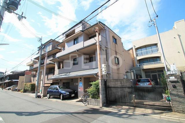 京都市烏丸線 丸太町駅(徒歩5分)