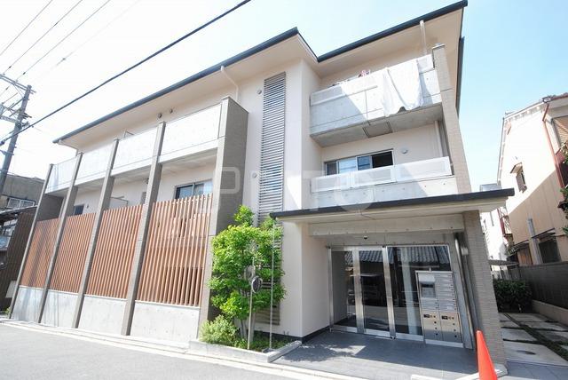 京都市烏丸線 丸太町駅(徒歩18分)