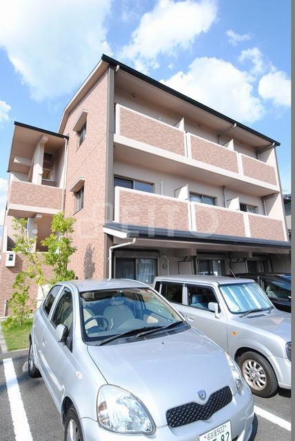 京都市烏丸線 国際会館駅(徒歩9分)