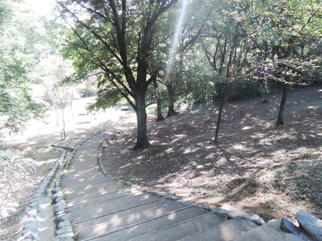 平山城址公園駅のエリア情報9