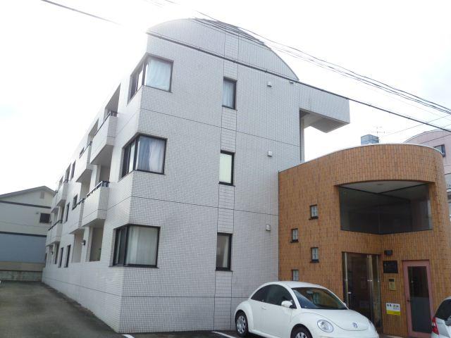 仙台市地下鉄南北線 勾当台公園駅(徒歩18分)