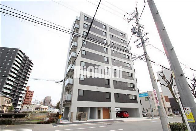 東海道本線 金山駅(徒歩16分)、地下鉄名城線 金山駅(徒歩16分)