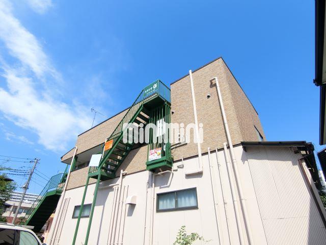 中央本線 三鷹駅(バス30分 ・ひばりヶ丘駅南口停、 徒歩5分)