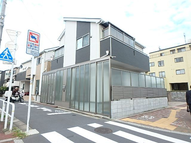 赤塚新町ハウス