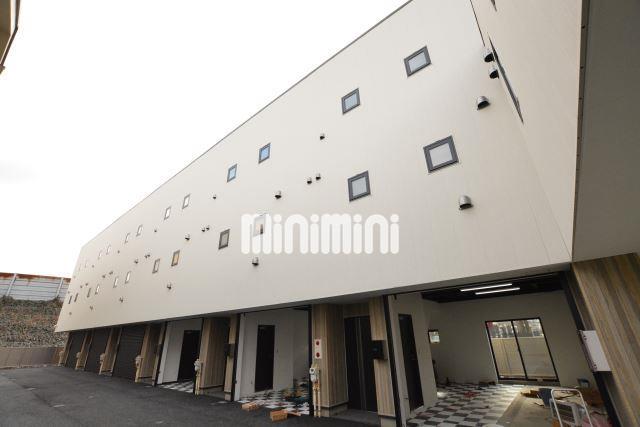 中央本線 八王子駅(バス22分 ・東楢原停、 徒歩1分)