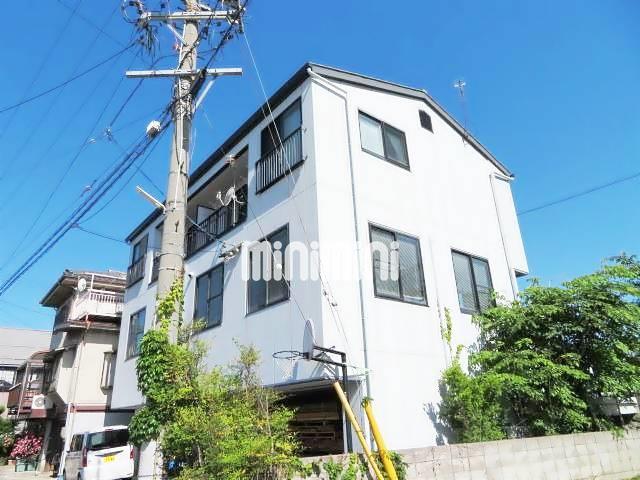 篠ノ井線 松本駅(徒歩15分)、大糸線 松本駅(バス9分 ・逢初町停、 徒歩2分)