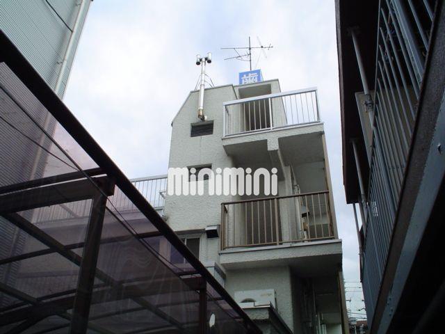東京都世田谷区、豪徳寺駅徒歩2分の築39年 3階建の賃貸マンション