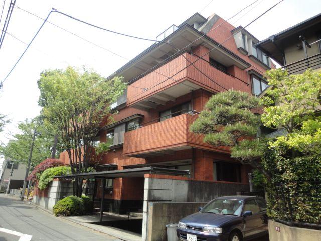 東京都渋谷区、笹塚駅徒歩9分の築28年 4階建の賃貸マンション