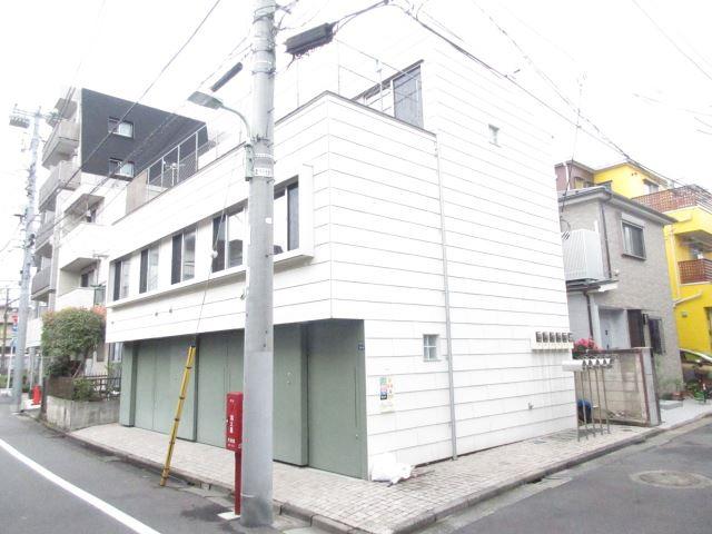 東京都大田区、蒲田駅徒歩12分の築29年 3階建の賃貸マンション