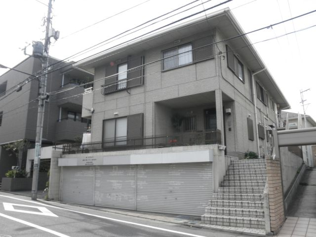東京都目黒区、目黒駅徒歩20分の築29年 3階建の賃貸アパート