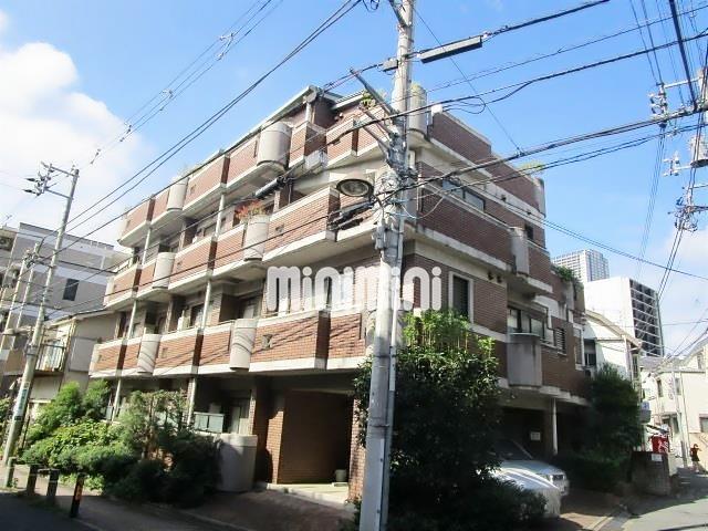 東京地下鉄丸ノ内線 新大塚駅(徒歩6分)、山手線 池袋駅(徒歩18分)