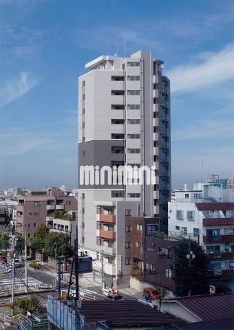 東京都大江戸線 新宿西口駅(徒歩7分)、山手線 新宿駅(徒歩12分)