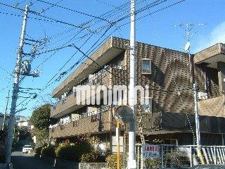 小田急電鉄小田原線 百合ヶ丘駅(バス8分 ・餅坂停、 徒歩1分)