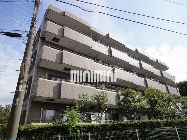 横須賀線 鎌倉駅(バス16分 ・深沢小学校前停、 徒歩2分)