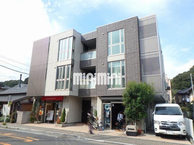江ノ島電鉄 由比ヶ浜駅(徒歩3分)