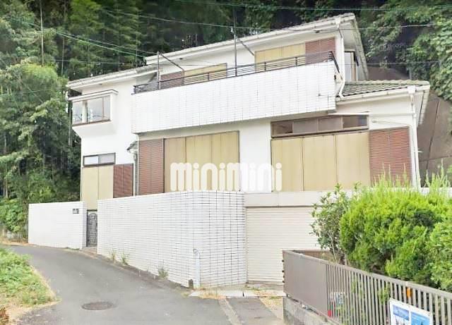 小田急電鉄小田原線 新百合ヶ丘駅(徒歩8分)