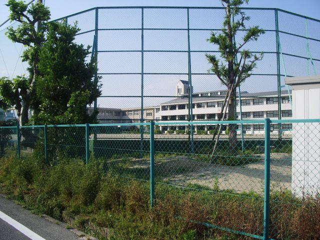 市立富洲原中学校