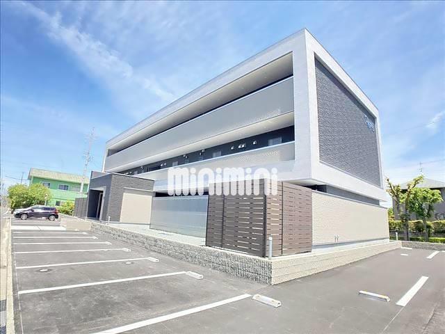 近鉄名古屋線 桑名駅(バス13分 ・新西方中央停、 徒歩3分)