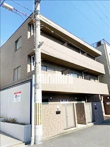 山陰本線 二条駅(徒歩8分)、京都市東西線 二条駅(徒歩8分)