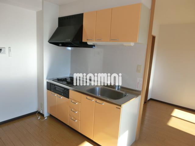 収納スペースたくさんキッチン