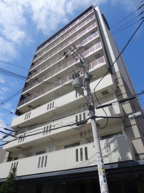 大阪環状線 福島駅(徒歩1分)、阪神電鉄本線 福島駅(徒歩3分)