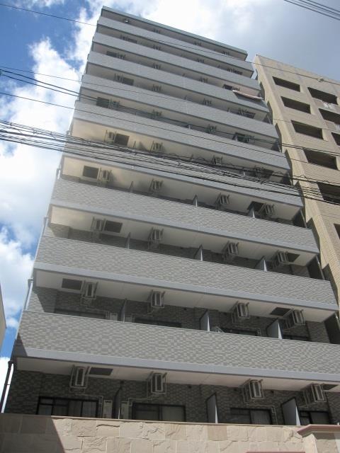 千日前線 野田阪神駅(徒歩1分)、阪神電鉄本線 野田駅(徒歩1分)