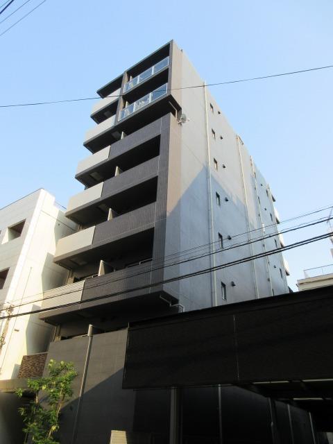 谷町線 東梅田駅(徒歩8分)、御堂筋線 梅田駅(徒歩12分)