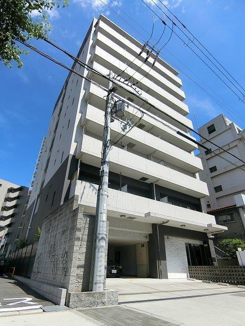 阪急電鉄神戸線 中津駅(徒歩6分)、阪急電鉄宝塚線 中津駅(徒歩6分)