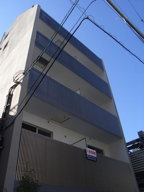 大阪環状線 福島駅(徒歩7分)、阪神電鉄本線 福島駅(徒歩10分)