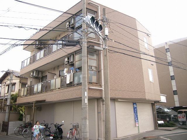 大阪高速鉄道 大阪空港駅(徒歩15分)