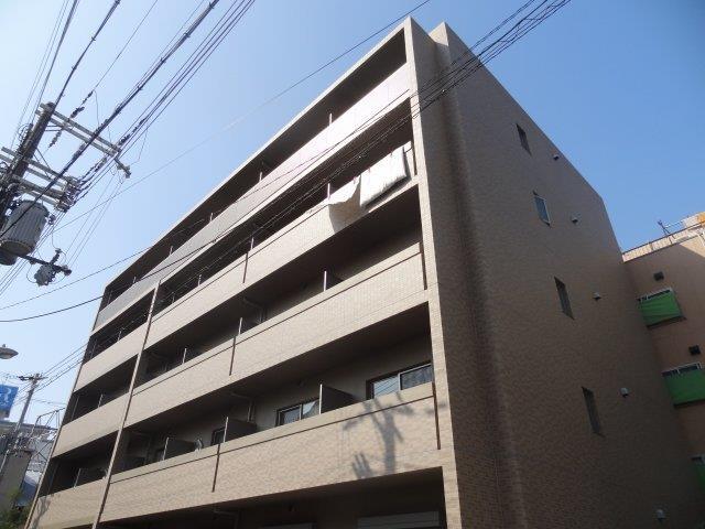 阪神電鉄本線 野田駅(徒歩2分)、千日前線 野田阪神駅(徒歩2分)