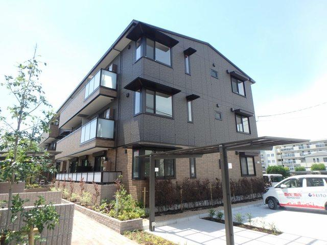 御堂筋線 江坂駅(徒歩18分)