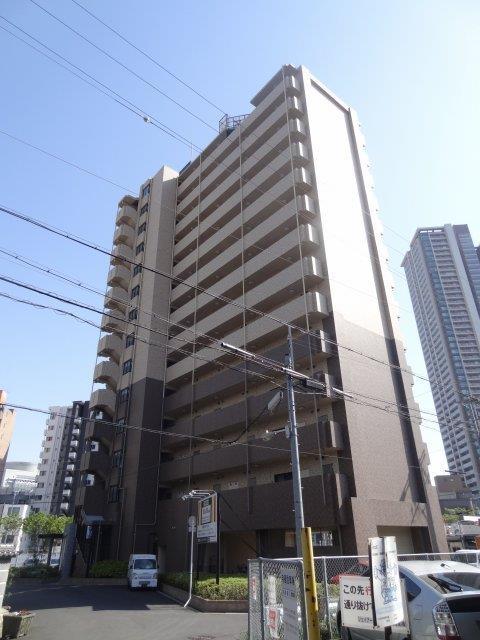 大阪環状線 福島駅(徒歩5分)、阪神電鉄本線 福島駅(徒歩5分)