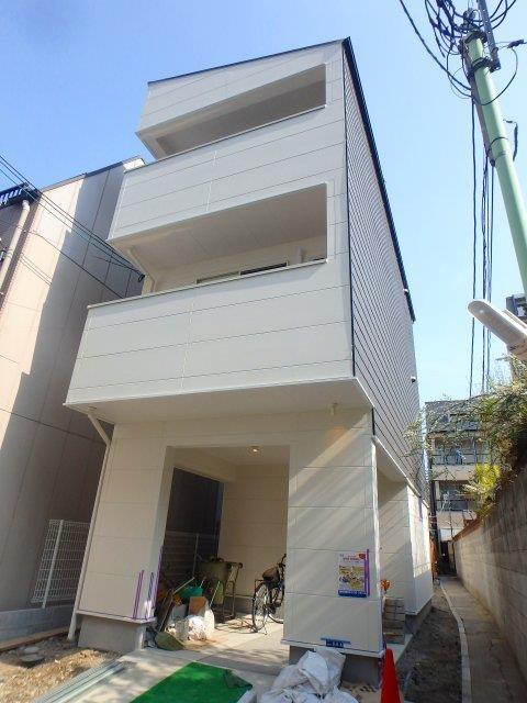 大阪府池田市栄本町1K