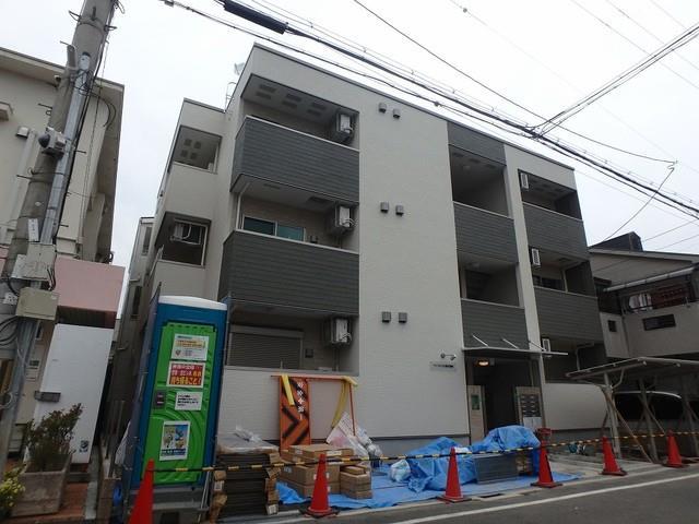 阪急電鉄宝塚線 蛍池駅(徒歩30分)