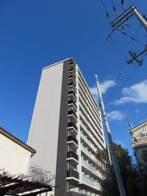 大阪環状線 野田駅(徒歩8分)、千日前線 玉川駅(徒歩8分)